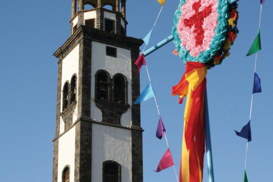 Fiestas de Mayo, Baile de Magos. (© Oscurecido - Fotolia))