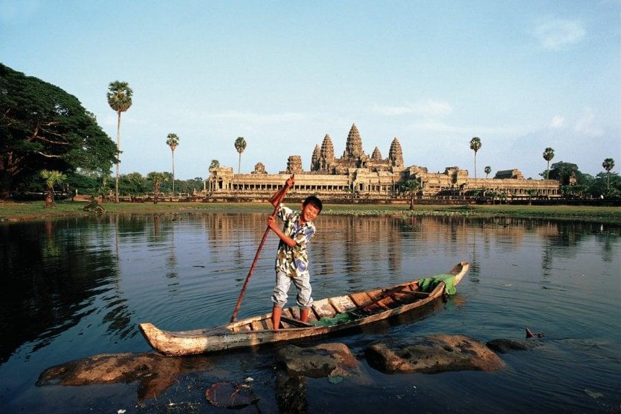 Devant le temple d'Angkor Wat. (© Author's Image))