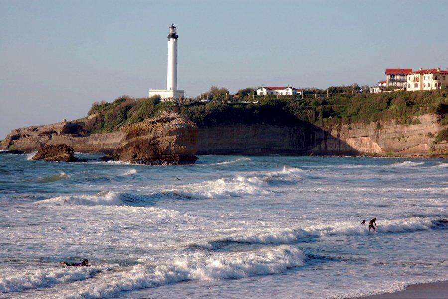 La plage et le phare de Biarritz (© INDIGO - FOTOLIA))