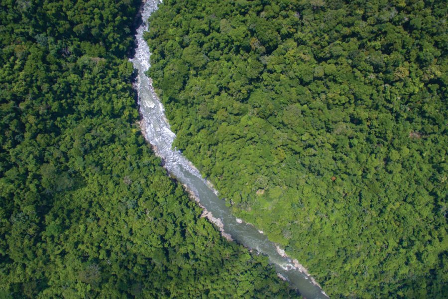 Le río Samaná, une merveille entre Medellín et Bogotá. (© JULES DOMINE - EXPEDITION COLOMBIA))