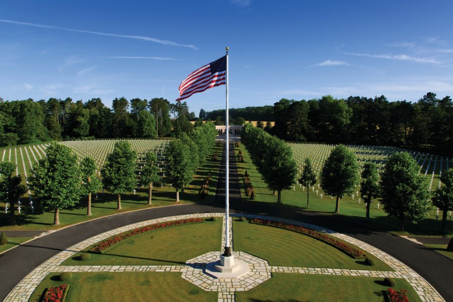 (© Warrick Page / American Battle Monuments Commission))