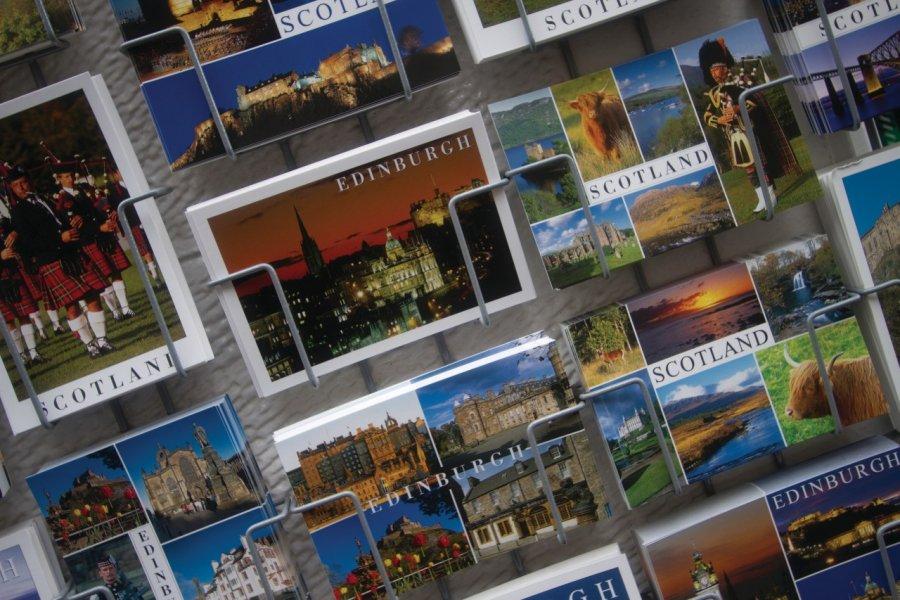 Carte Postales d'Édimbourg. (© Lawrence BANAHAN - Author's Image))