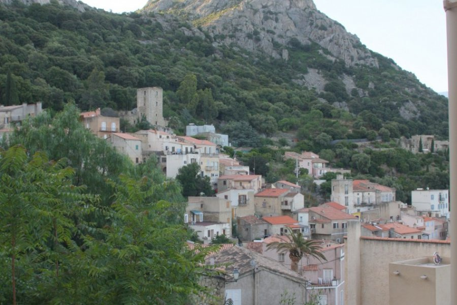 Le village de Lumio (© Xavier Bonnin))