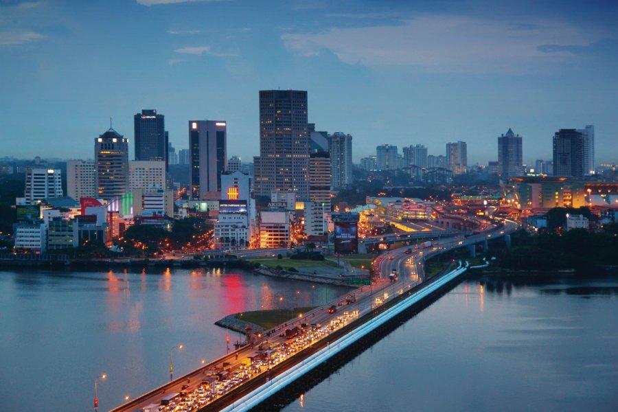 La ville de Johor Bahru. (© kokkai))