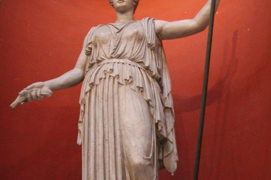 Statue de Cérès, au musée Pio-Clementino. (© Stéphan SZEREMETA))