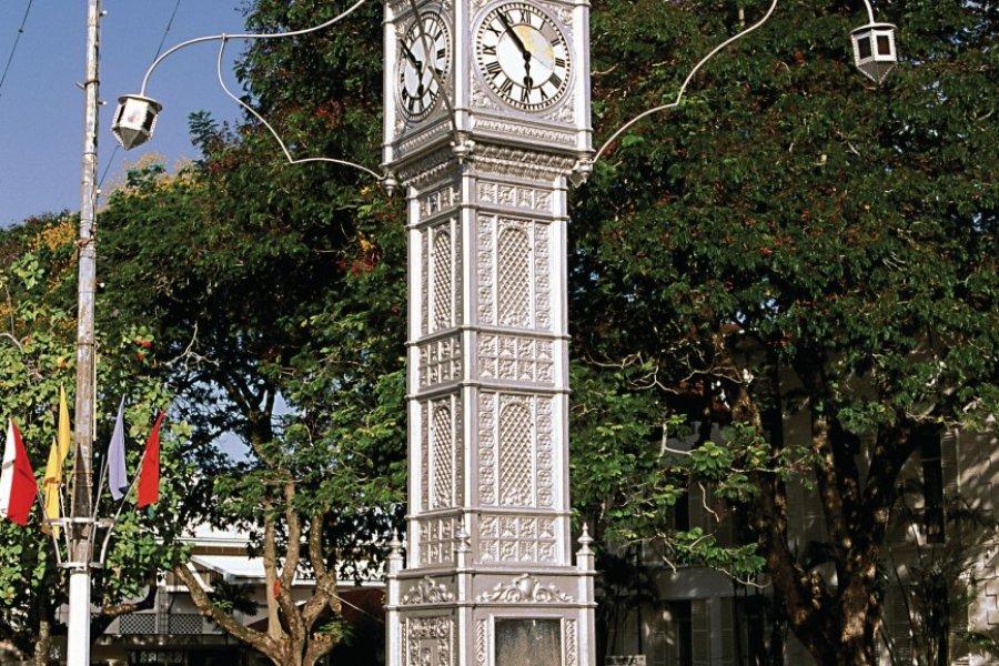 Clock Tower (Tour de l'Horloge) érigée en 1903 à la mémoire de la reine Victoria. (© Author's Image))