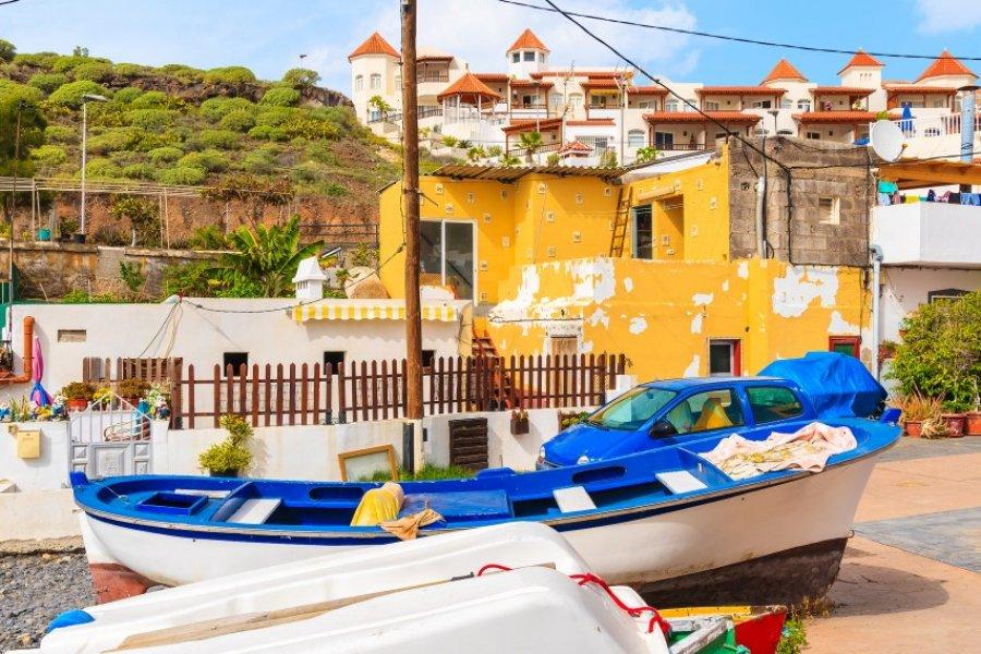 Bateaux de pêche dans le village de La Caleta, Tenerife. (© Pawel Kazmierczak - Shutterstock.com))