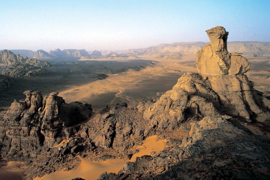 Panorama depuis le sommet d'Oine Za Watan. (© Sébastien CAILLEUX))