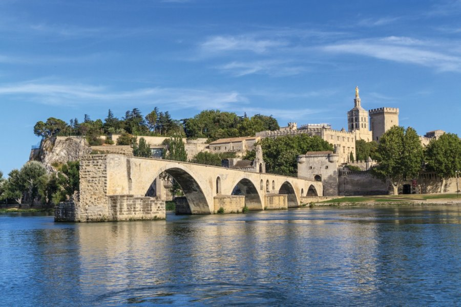 Le pont d'Avignon. (© Bertl123 - iStockphoto))