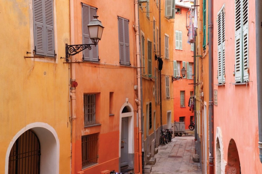Dans le vieux Nice. (© Sime))