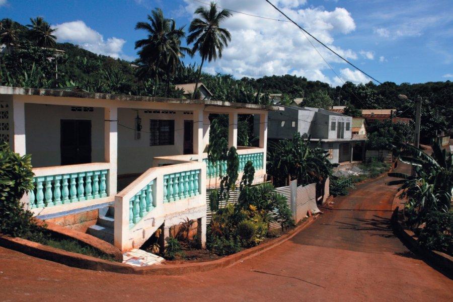 Le petit village de M'tsangadoua. (© Stéphan SZEREMETA))