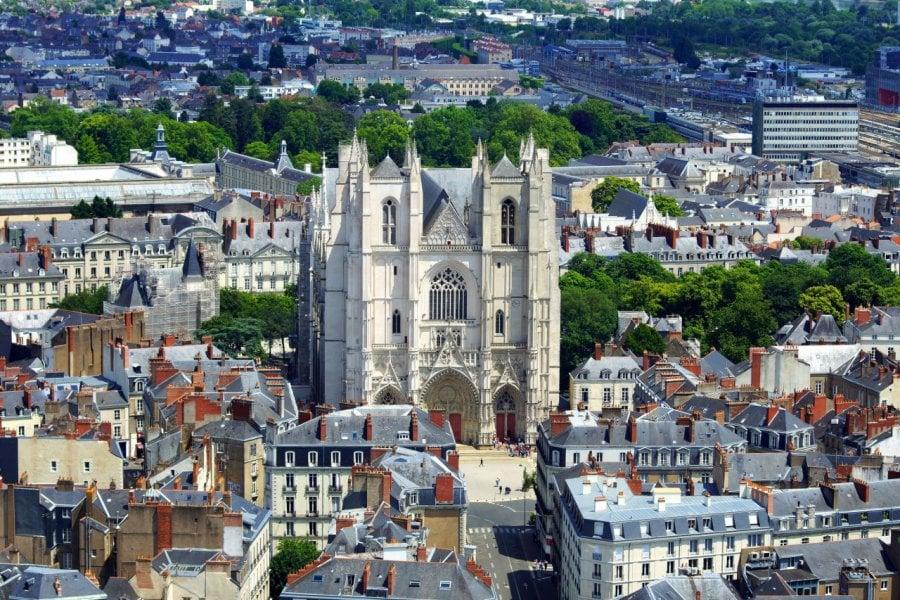 Cathédrale Saint-Pierre et Saint-Paul. (© Photlook - Fotolia))
