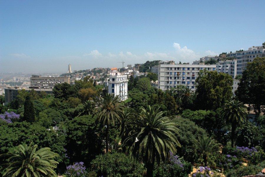 Vue sur le Mustapha supérieur et les quartiers sud depuis l'hôtel Saint-George El Djazaïr. (© Sébastien CAILLEUX))