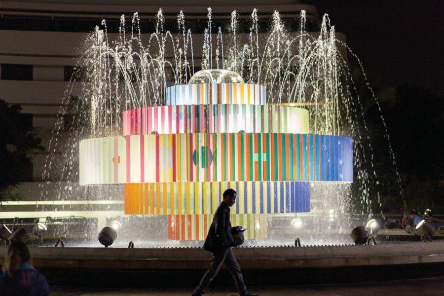 L'emblématique fontaine de la place Dizengoff. (© Linneah Anders / Tel Aviv Global & Tourism))
