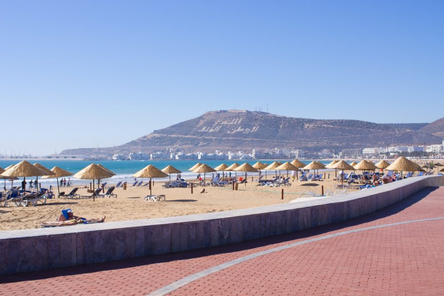 Plage d'Agadir. (© CCat82 - Shutterstock.com))