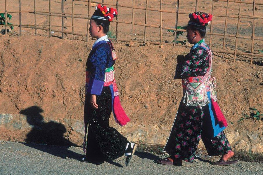 Femmes de l'ethnie Hmong. (© Eric Martin - Iconotec))