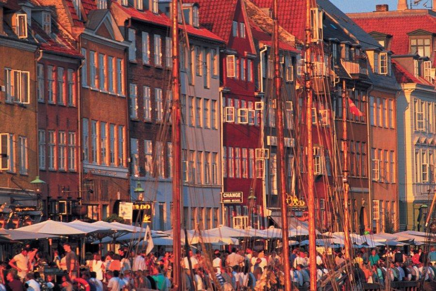 Nyhavn, le nouveau port de Copenhague. (© Alamer - Iconotec))