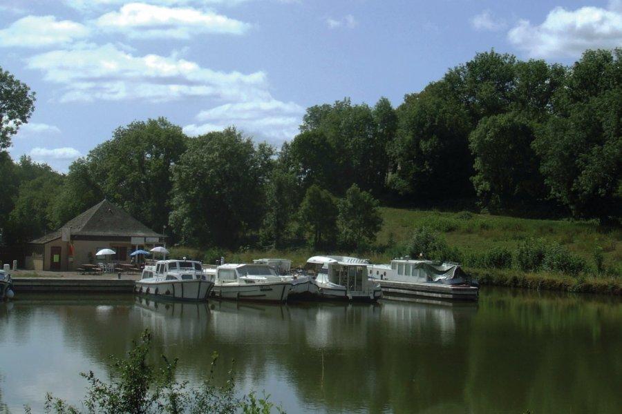 Balade fluviale à Chaumot. (© Laëtitia STEIMETZ))