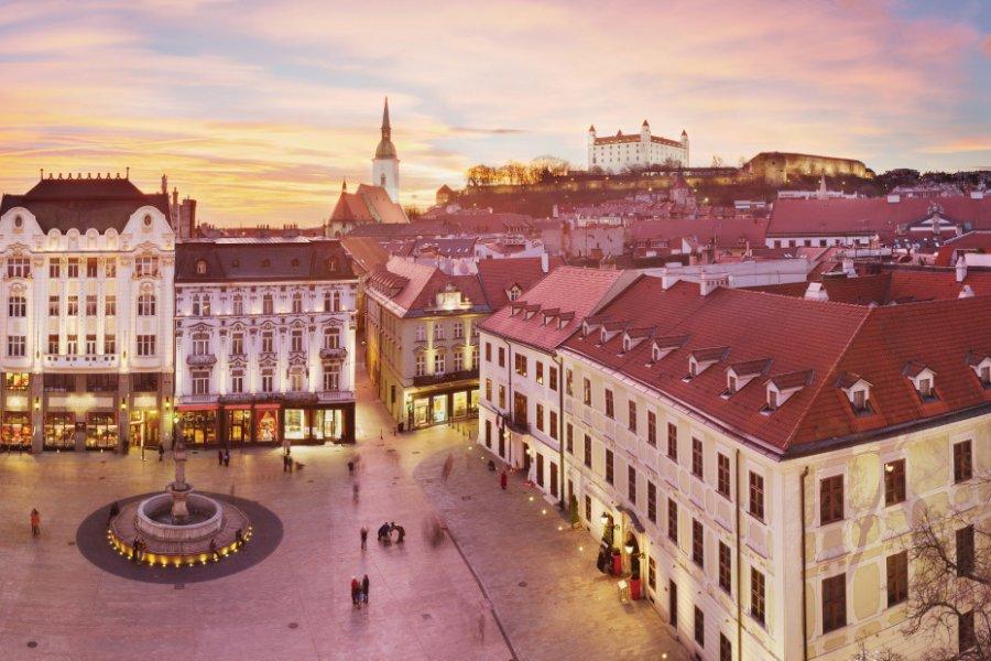 Place principale de Bratislava. (© PatrikV))