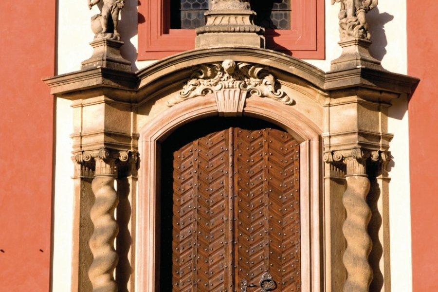 Basilique Saint-Georges (Bazilika svatého Jiří) au Château royal (Pražský hrad). (© Author's Image))