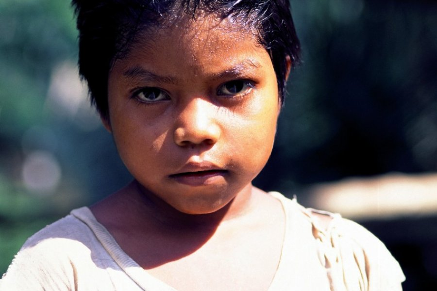 Petit garçon de Rio Napo, aux environs de Coca. (© Author's Image))