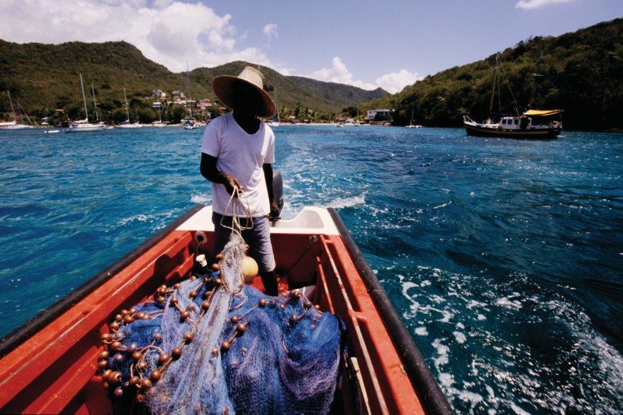 Pêche au balaou au large des Anses-d'Arlet. (© Vincent FORMICA))