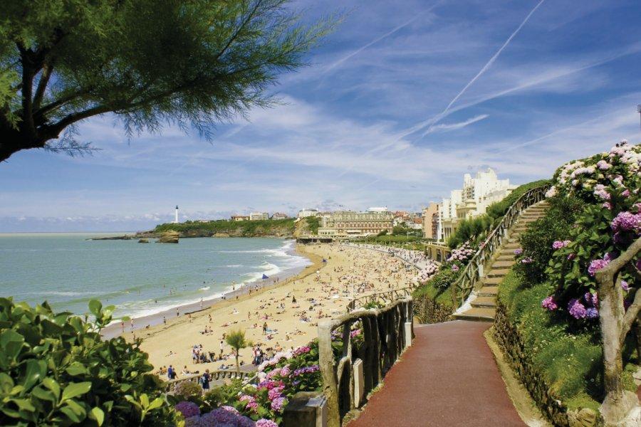 La grande plage de Biarritz (© samsty - Fotolia))