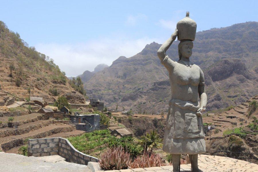 Statue d'une Santa Maria dans un village de Santo Antão. (© Sarah DEHAUT))