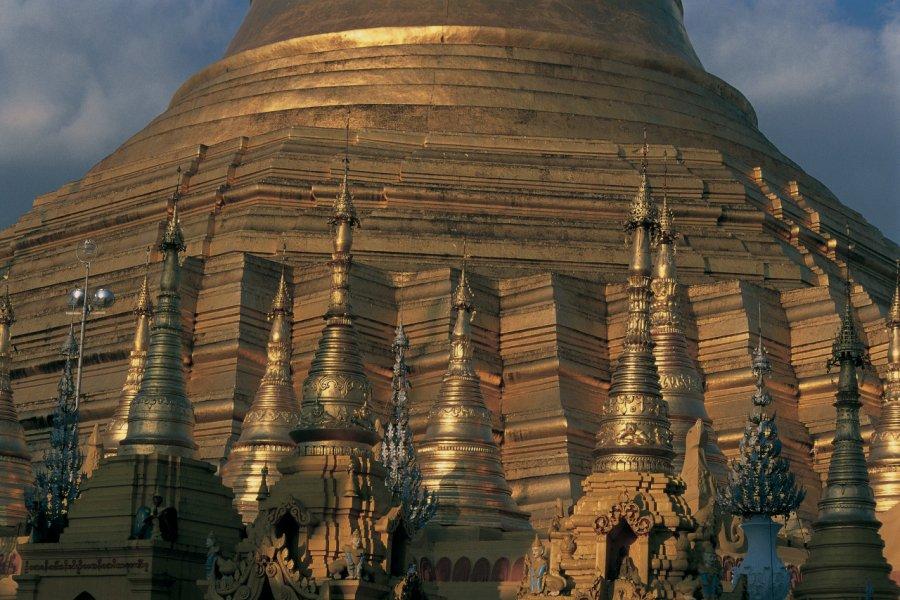 Dôme en or de la pagode Shwedagon. (© Marc Auger - Iconotec))