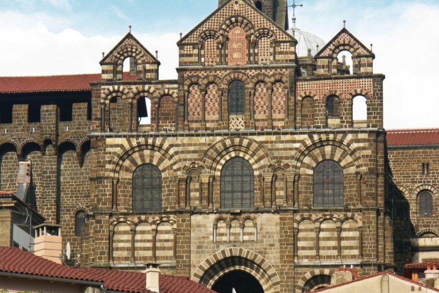 La cathédrale Notre-Dame du Puy-en-Velay (© Unclesam - Fotolia))