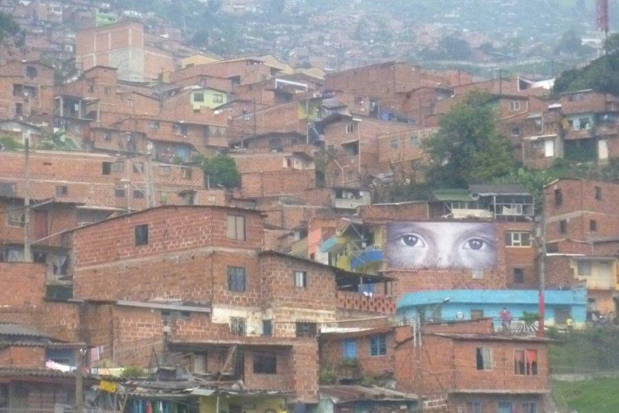 Les yeux de Medellín (© Nicolas LHULLIER))