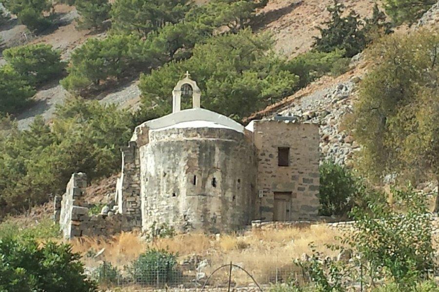 La basilique paléochretienne d'Agia Roumeli. (© Alex VUCKOVIC))