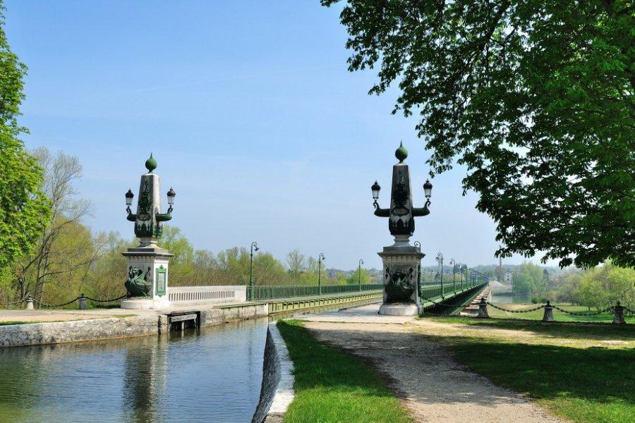 Le canal de Briare est un des plus anciens canaux de France. (© Bernard 63 - Fotolia))