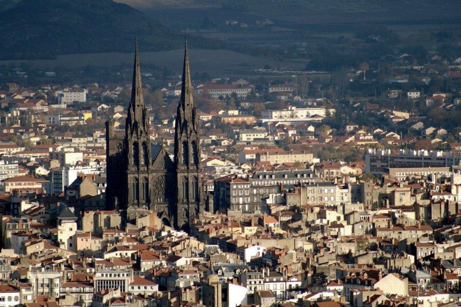 Vue générale de Clermont-Ferrand (© RÉMI BRUGIÈRE - FOTOLIA))