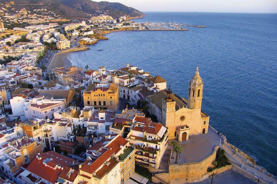 Platja de Sant Sebastià à Sitges. (© Costa de Barcelona))