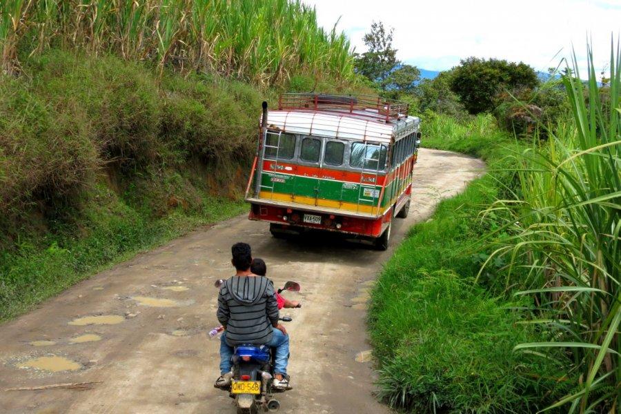 Sur les routes du Huila (© Nicolas LHULLIER))
