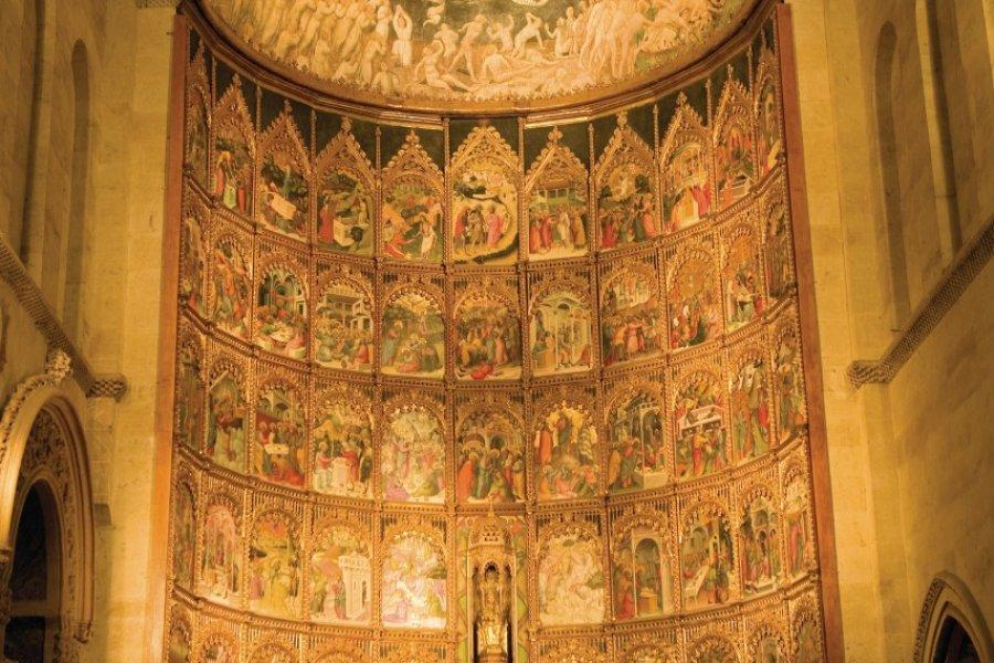 Vieille Cathédrale (Catedral Vieja), retable du maître-autel. (© Author's Image))