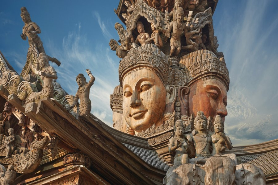 Sanctuary of Truth, Pattaya. (© YURY_TARANIK))