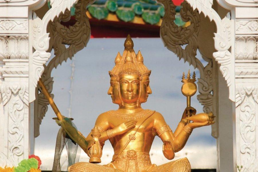 Temple chinois du grand bouddha de Pattaya. (© iStockphoto.com/simongurney))