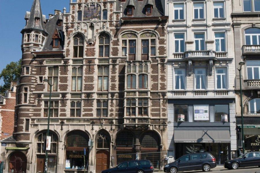 Pharmacie Delacre, rue Montagne de la Cour. (© Author's Image))