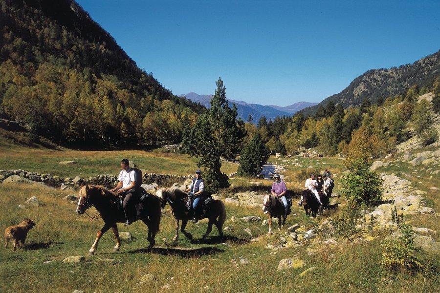 Cavaliers dans le Val de Madriu (© Ministère du Tourisme du Gouvernement d'Andorre))