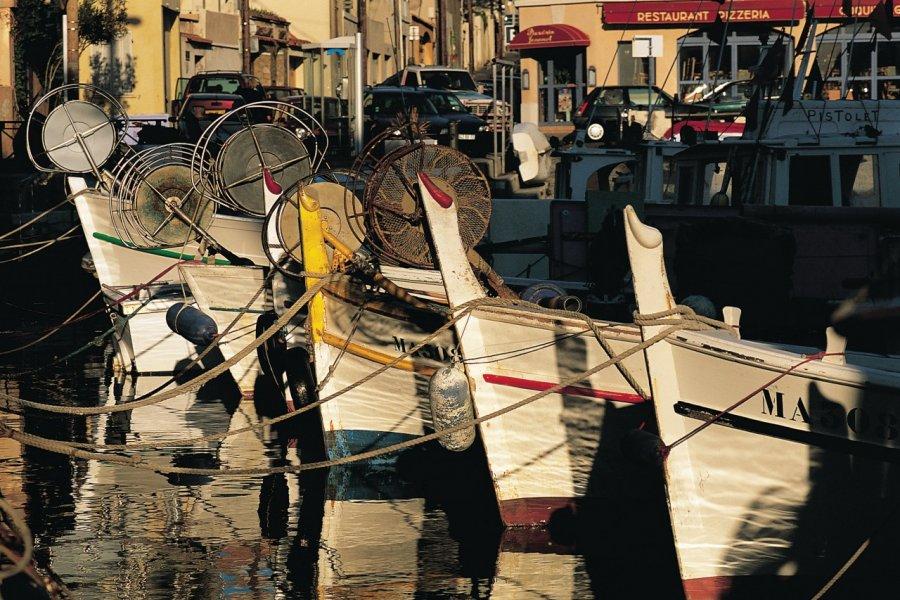 Bateaux de pêche du Vallon des Auffes - Marseille (© JOHN FRECHET - ICONOTEC))