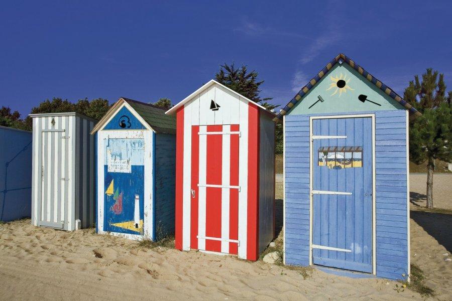 Cabines de plage à Saint-Denis-d'Oléron (© JONATHAN - Fotolia))