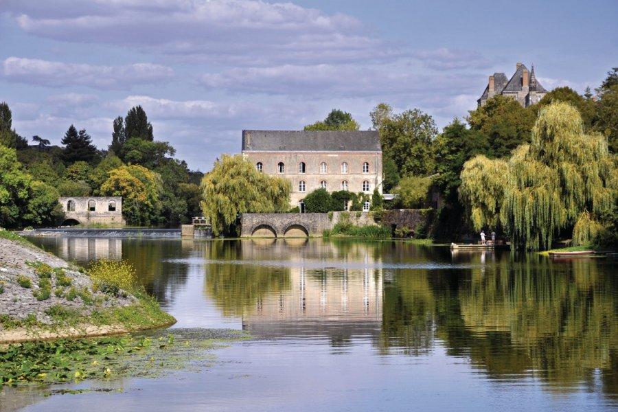 La rivière de la Sarthe près de Sablé-sur-Sarthe (© Christian MUSAT - Fotolia))