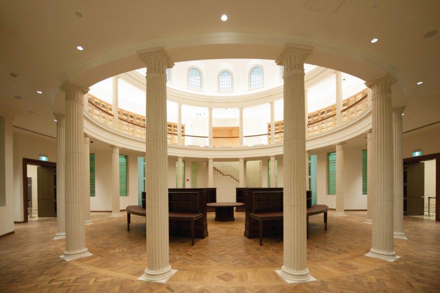Ancienne Aile de Cour suprême - Bibliothèque de Rotonde. (© National Gallery Singapore))