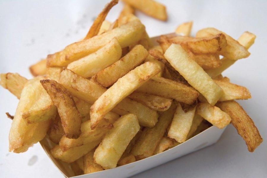 Les frites, les plus connues des spécialités belges. (© Author's Image))
