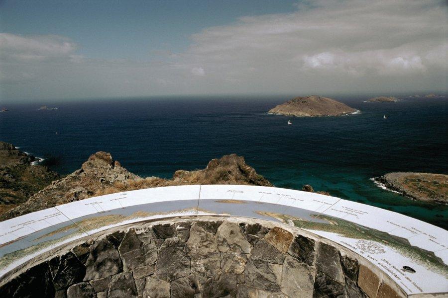 Vue sur l'île Chevreau. (© Author's Image))