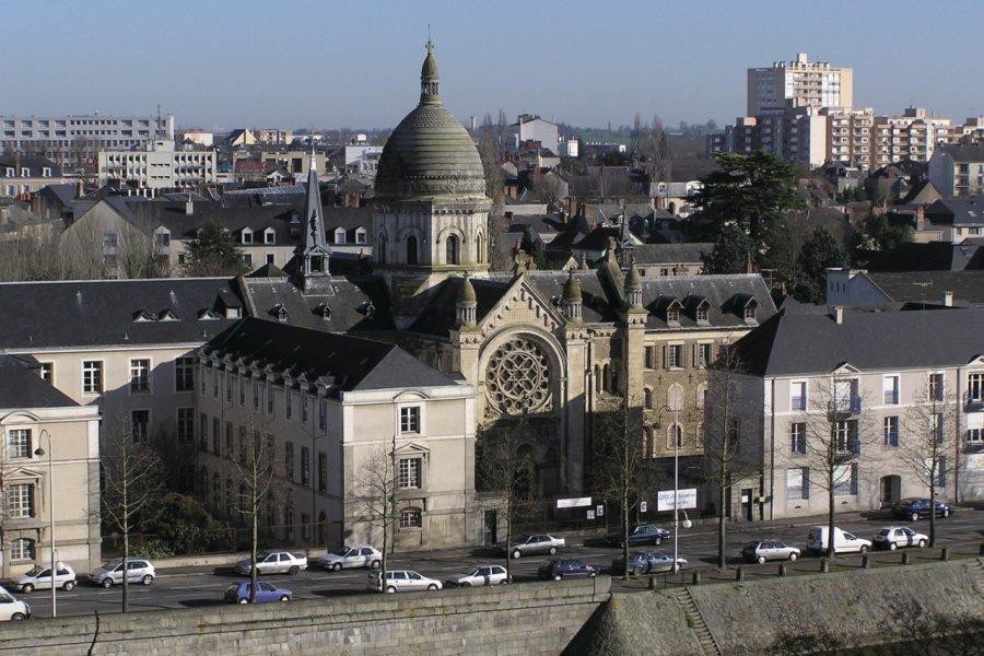 La chapelle Saint-Julien à Laval (© Michel BAZIN - Fotolia))