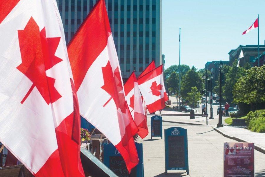 Les drapeaux canadiens sont de sortie à Saint John (© Tourisme Nouveau-Brunswick))