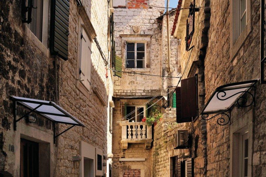 Ruelle dans la ville de Trogir. (© Torsten Becker))